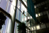 Window cleaning barclays tower 08082009005